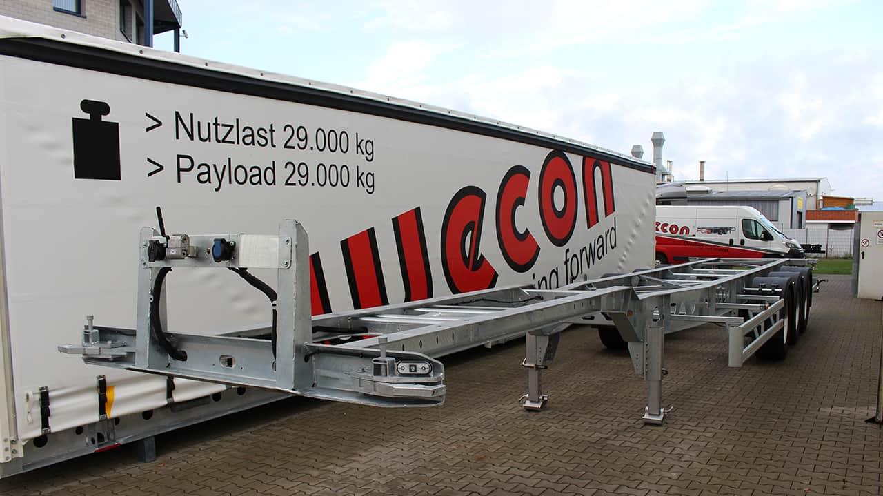 Ultraleichtes Containerfahrgestell mit 3,5 to Eigengewicht